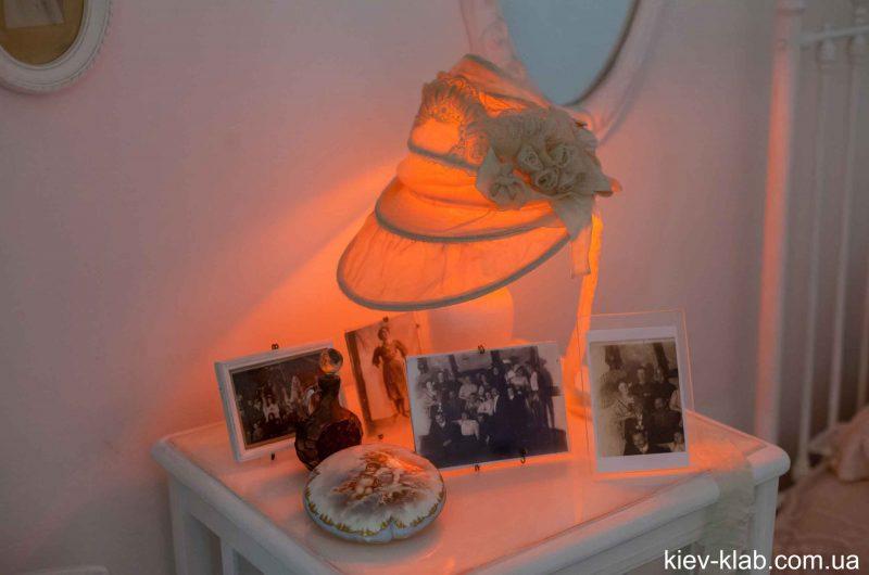 Прикроватная лампа в доме Булгакова