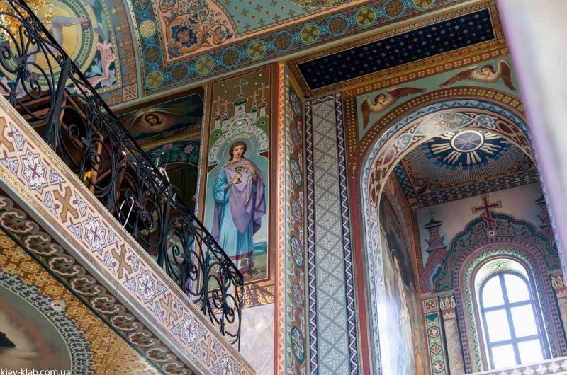 Второй этаж в храме в Ските Киево-Печерской Лавры