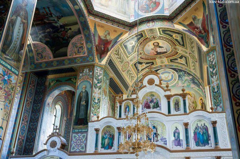 Господь в храме в Ските Киево-Печерской Лавры