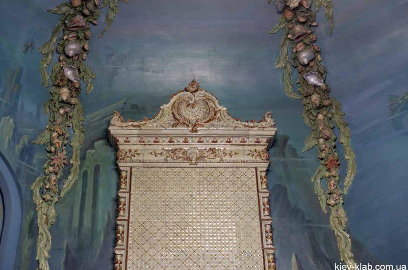 Камин в доме с Химерами