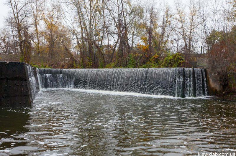 Покал и водопад