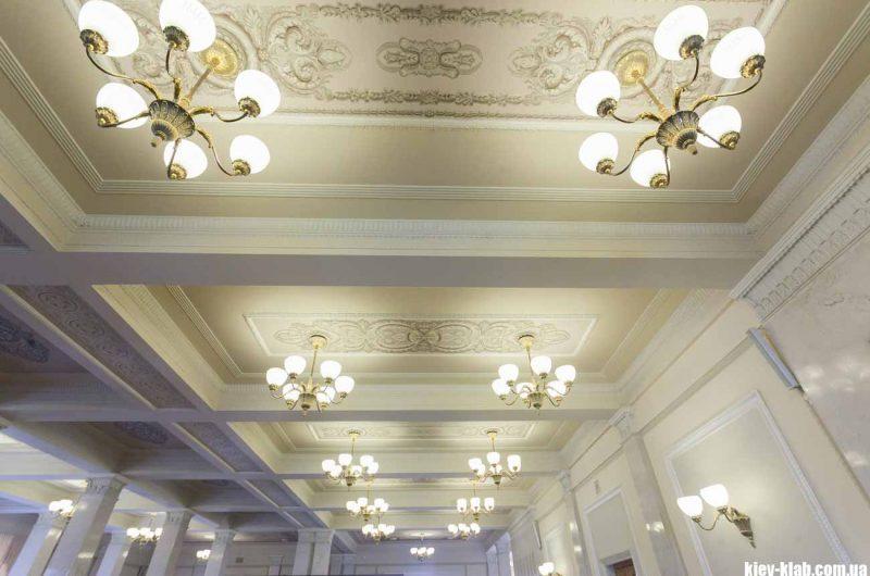 красивый потолок в ВР