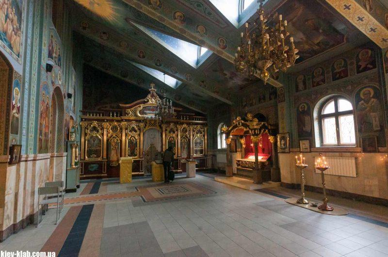 Украшение храма
