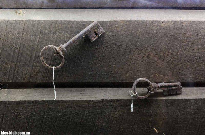 Сттарый ключ на Золотых Воротах
