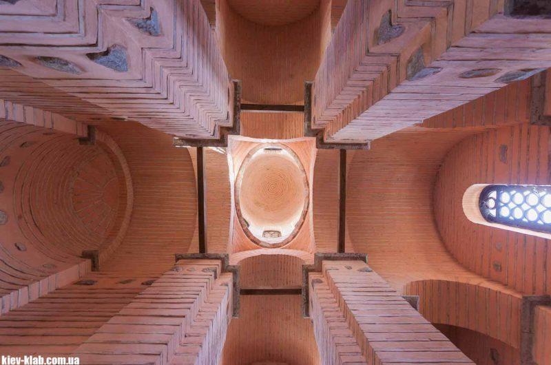 Новый храм на Золотых Воротах