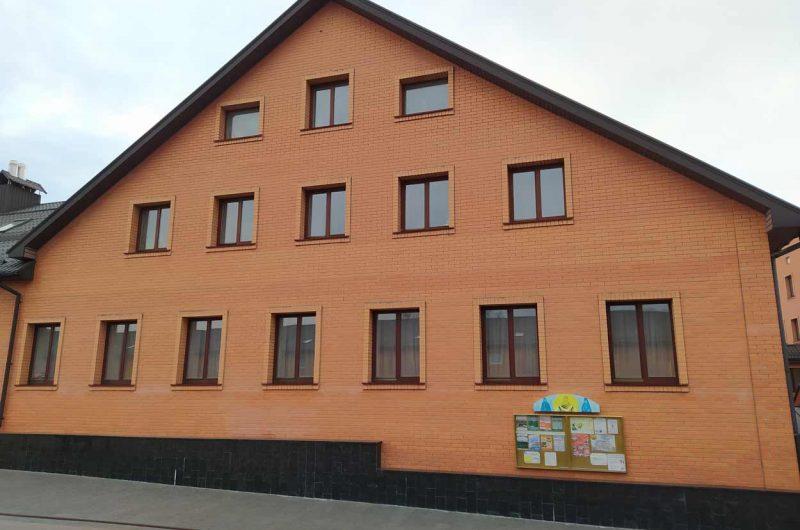 Здание Голосеевского монастыря