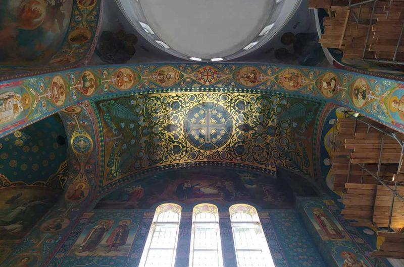 Свято-Пантелеймоновский монастырь убранство