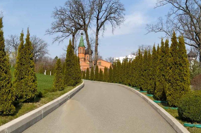 Свято-Пантелеймоновский монастырь колокольня