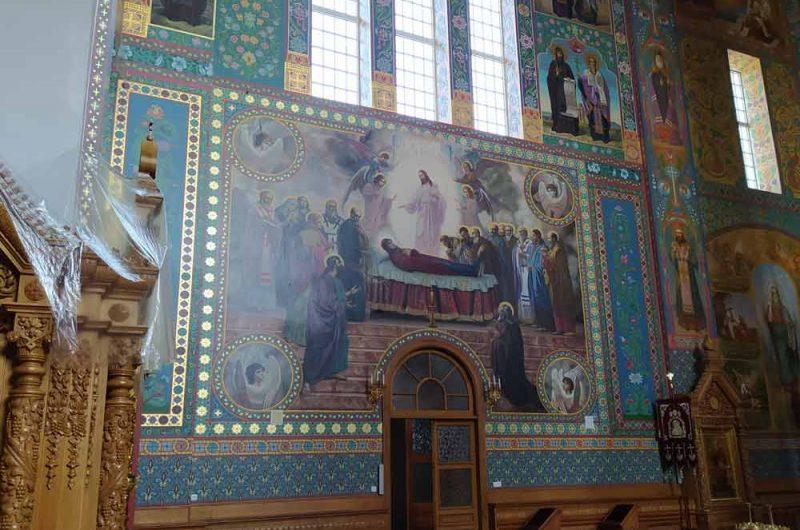 Свято-Пантелеймоновский монастырь храм
