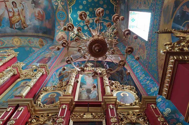 Свято-Пантелеймоновский монастырь позолота