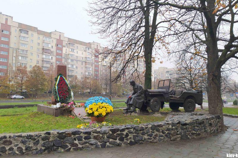 Борщаговка памятник воинам