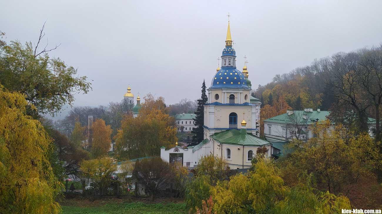 Выдубицкий монастырь в ботсаду