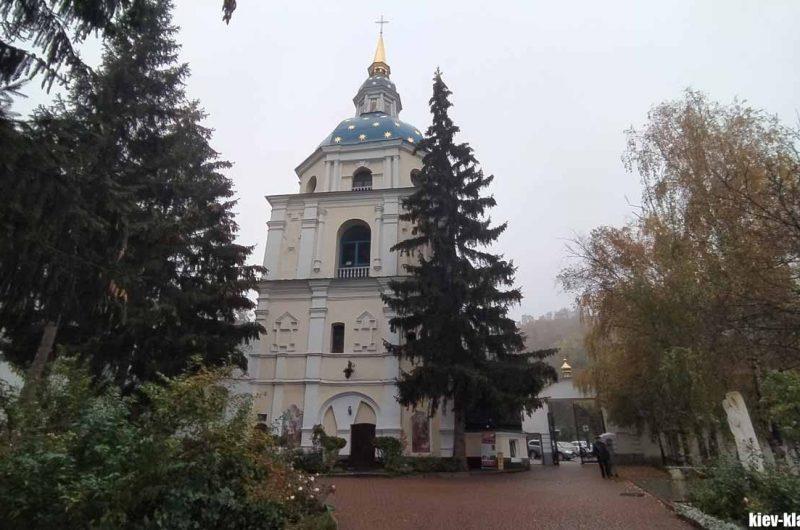 Колокольня Выдубицкого монастыря